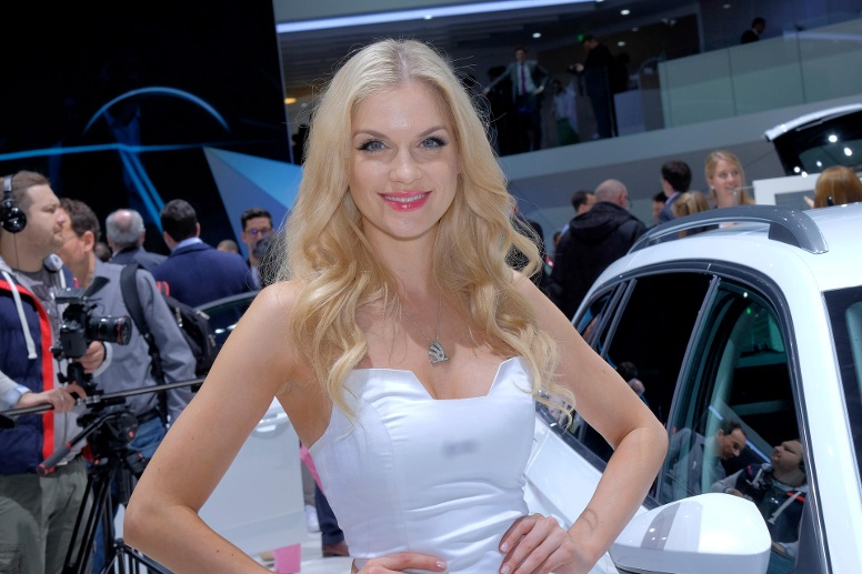 Die Girls vom Autosalon Genf 2016. (Quelle: Automedienportal/Manfred Zimmermann)