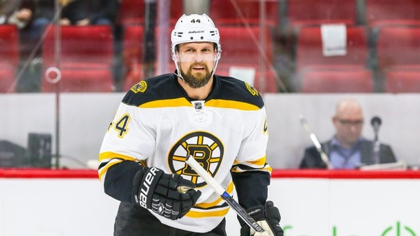 Boston Bruins bangen nach Pleite um NHL-Playoffs 2016. Dennis Seidenberg unterlag mit seinen Boston Bruins mit 2:5 bei den New York Rangers.
