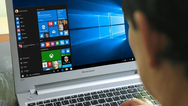 Windows 10: Automatische Updates deaktivieren – so geht's. Update-Dienst in Windows 10 abklemmen. (Quelle: imago/Montage: t-online.de)
