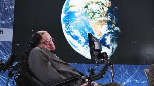 Der Physiker Stephen Hawking bei der Vorstellung des Projekts 'Breakthrough Starshot' in New York.