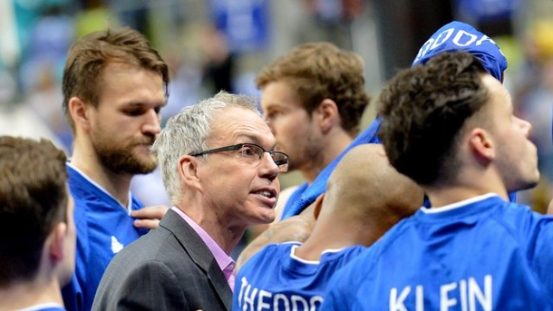 "Basketball: Skyliners wollen internationalen Titel - ""Belohnen"". Die Frankfurter um Trainer Gordon Herbert (M."