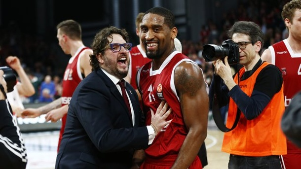 Basketball: Bundesliga-Playoffs beginnen - Sieben gegen Bamberg. .