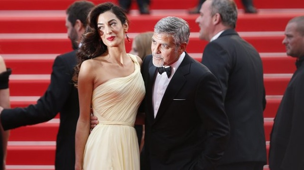 film george clooney mit ehefrau amal in cannes. Black Bedroom Furniture Sets. Home Design Ideas