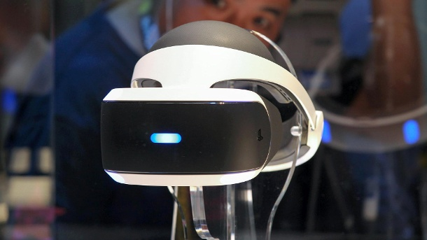 Time Magazine ehrt Playstation VR als Innovation des Jahres. Playstation VR (Quelle: dpa)