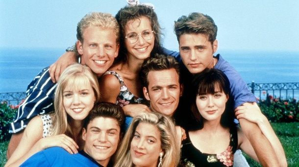 "So kennt man die Stars aus ""Beverly Hills, 90210"". (Quelle: imago/UPI Photo)"