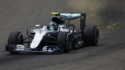 Am Limit: Spa-Sieger Nico Rosberg in seinem Mercedes. (Quelle: imago/LAT Photographic)