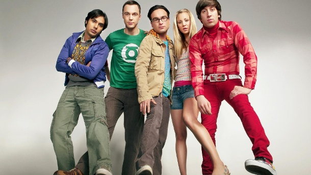 """The Big Bang Theory"": So viel verdienen Leonard, Sheldon und Co.. Kunal Nayyar, Jim Parsons, Johnny Galecki, Kaley Cuoco und Simon Helberg (v.l.) sind die Stars der TV-Serie ""The Big Bang Theory"". (Quelle: Allstar CBS)"