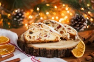 In der Weihnachtsbäckerei (Quelle: Thinkstock by Getty-Images)