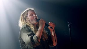 Starke Präsenz: Kate Tempest live on stage.