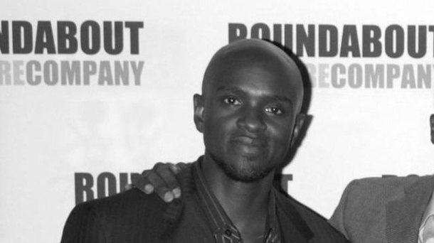 """The Originals""-Schauspieler Owiso Odera (43) stirbt auf Theaterbühne. Owiso Odera bei der Premiere der Off-Broadway-Produktion ""The Overwhelming"" im Jahr 2007. (Quelle: Wenn)"