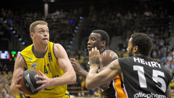 Basketball: Oldenburg und Ludwigsburg gewinnen in der Champions-League. Brian Qvale war der Oldenburger Topscorer.