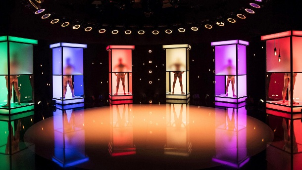"""Naked Attraction"" bei RTL2: Singles lassen die Hüllen fallen. ""Naked Attraction"" kam bei den Zuschauern gut an.  (Quelle: RTL2)"