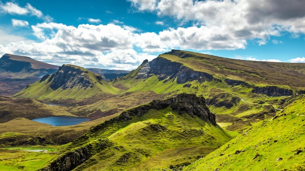 Unterwegs in den schottischen Highlands. Ein Blick auf die Highlands in Schottland (Quelle: Thinkstock by Getty-Images/wiiz)