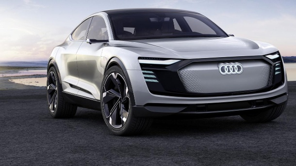 audi e tron sportback luxus elektroauto soll 2019 auf die. Black Bedroom Furniture Sets. Home Design Ideas