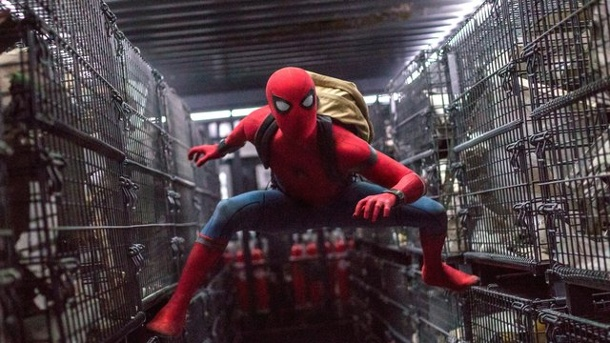 "Film: ""Planet der Affen"" vor ""Spider-Man"" in den USA. Peter Parker (Tom Holland) in einer Szene des Films ""Spider-Man: Homecoming""."