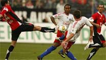 Packendes Duell in Hannover. (Foto: imago)