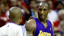 Lakers-Superstar Kobe Bryant erneut in Hochform (Foto: AP)