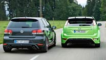 Abt Golf GTI gegen Ford Focus RS (Foto: Thomas Jupa / AutoScout24)