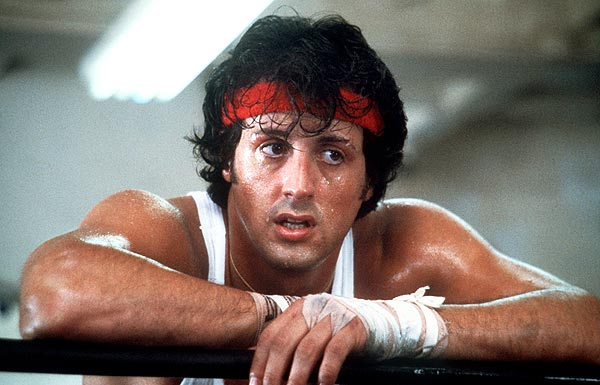 "Sylvester ""Rocky"" Stallone kann als Boxer jede Unterstützung brauchen. Die bekommt er in ""Rocky IV"" in Form von Survivors legendärem ""Eye Of The Tiger"".  (Quelle: dpa)"