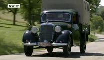 Mit Stil: Mercedes 170 Pritsche Bj.1948 (Screenshot: Deutsche Welle)