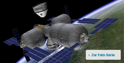 "Mit Boeing ins All fliegen. Die CST-100 (Crew Space Transportation) wird am ""Orbital Space Complex"" andocken. (Grafik: Boeing)"