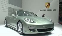Porsche Special auf dem Genfer Autosalon 2011 (Screenshot: Car News)