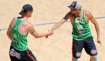 Beachvolleyball-WM: Brink und Reckermann holen Bronze. Jonas Reckermann (li.) und Julius Brink holen Bronze bei der Beachvolleyball-WM. (Foto: imago)