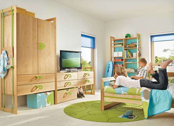 mitwachsende m bel f r das kinderzimmer 13. Black Bedroom Furniture Sets. Home Design Ideas