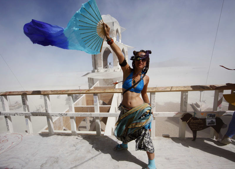 """Burning Man""-Festival - kunstvoller Spaß in der Wüste (Quelle: Reuters/Jim Bourg)"