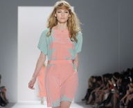 Modetrends 2012: Pastell (Quelle: dpa)