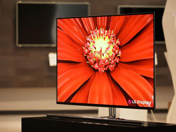 ces2012 lg zeigt 55 zoll oled fernseher. Black Bedroom Furniture Sets. Home Design Ideas