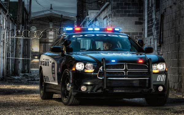 Dodge Charger Pursuit V8 Rasantes Polizeiauto