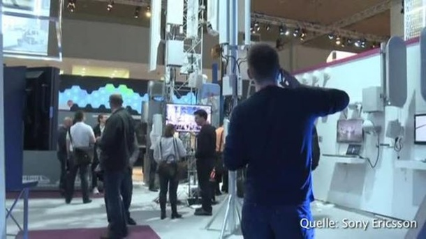 Mobilfunkmesse in Barcelona. (Screenshot: Sony Ericsson)