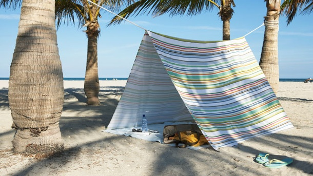 . Tarp am Strand. (Quelle: Thinkstock by Getty-Images)
