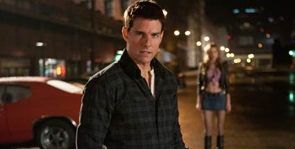 "Tom Cruise ist ""Jack Reacher"": erster Trailer. Ex-Militärpolizist Jack Reacher (Tom Cruise) kennt kein Erbarmen mit kriminellen Subjekten. (Quelle: Paramount)"