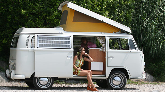 vw bus t1 und t2 bulli werden kult. Black Bedroom Furniture Sets. Home Design Ideas