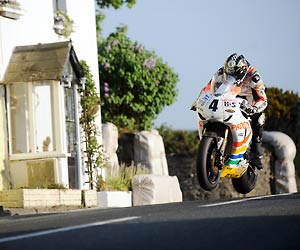 "Tourist Trophy: Der Tod fährt mit. Filmszene aus ""Isle of Man TT – Hart am Limit"". (Quelle: Ascot Elite Entertainment Group)"