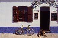 Algarve: Bar in Sagres. (Quelle: imago images)