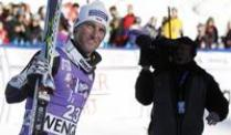 Riesenslalom-Trio will in Val d'Isère glänzen. Fritz Dopfer will in Val d'Isère wieder angreifen.