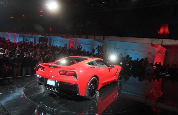 Neue Corvette C7 Stingray (Quelle: Press Inform)