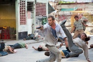 "Action-Opas: Mel Gibson in ""Get The Gringo"" (Quelle: Concorde)"