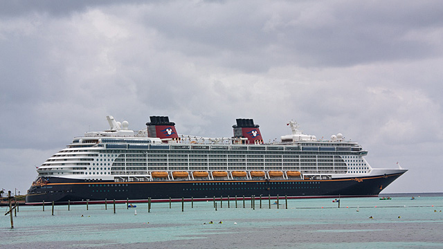 disney dream familien kreuzfahrt mit oceanliner feeling. Black Bedroom Furniture Sets. Home Design Ideas