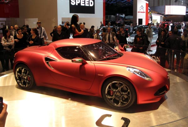 Der neue Alfa Romeo 4C (Quelle: Press Inform)