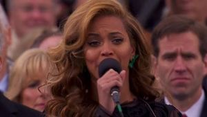 Beyonce will live singen (Screenshot: CNN)