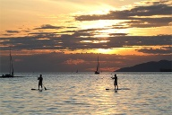 Stand Up-Paddling im English Bay, Vancouver. (Quelle: Thinkstock by Getty-Images)