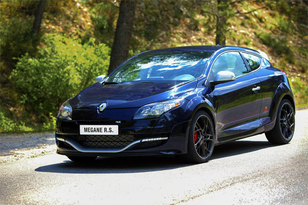 Renault-Sondermodell: Mégane Coupé R.S. Red Bull Racing RB8 (Quelle: Hersteller)