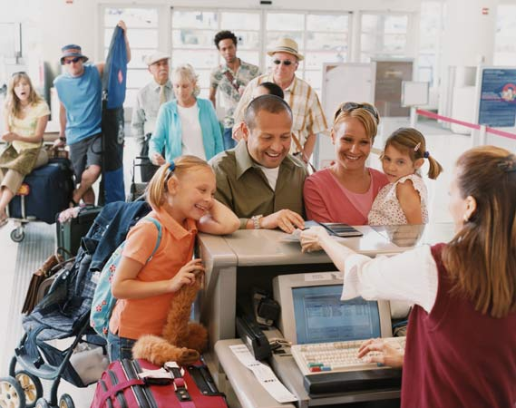 Online Check-In spart Zeit (Quelle: Thinkstock by Getty-Images)