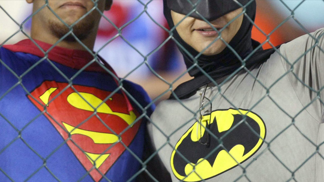 batman superman k mpfen mit vereinten kr ften in man of steel 2. Black Bedroom Furniture Sets. Home Design Ideas