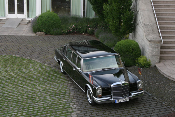 Mercedes 600 Pullman der Bundesregierung (Quelle: Press Inform)