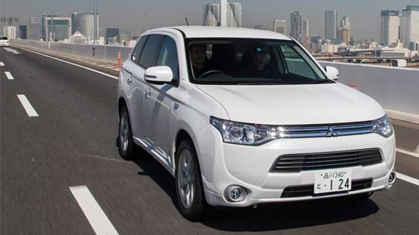 mitsubishi outlander phev preise f r das hybrid suv. Black Bedroom Furniture Sets. Home Design Ideas